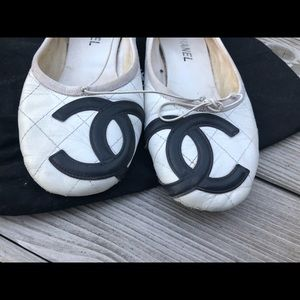 🎉SALE2DAYONLY🎉Chanel 38 cambon ballerina flats